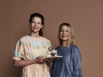 Matilda Melan ja Kaisa-Leena Pesosen yrityksen nimi, Juustotytöt, tuli vuokrakeittiön vuorolistalle tehdystä merkinnästä.
