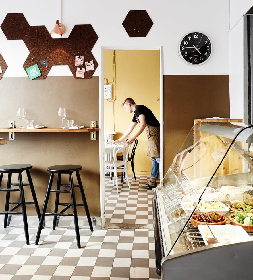"""Workshop Delicatessen sijaitsee Punavuoressa. Kuva: <span class=""""photographer"""">Tuomas Kolehmainen</span>"""