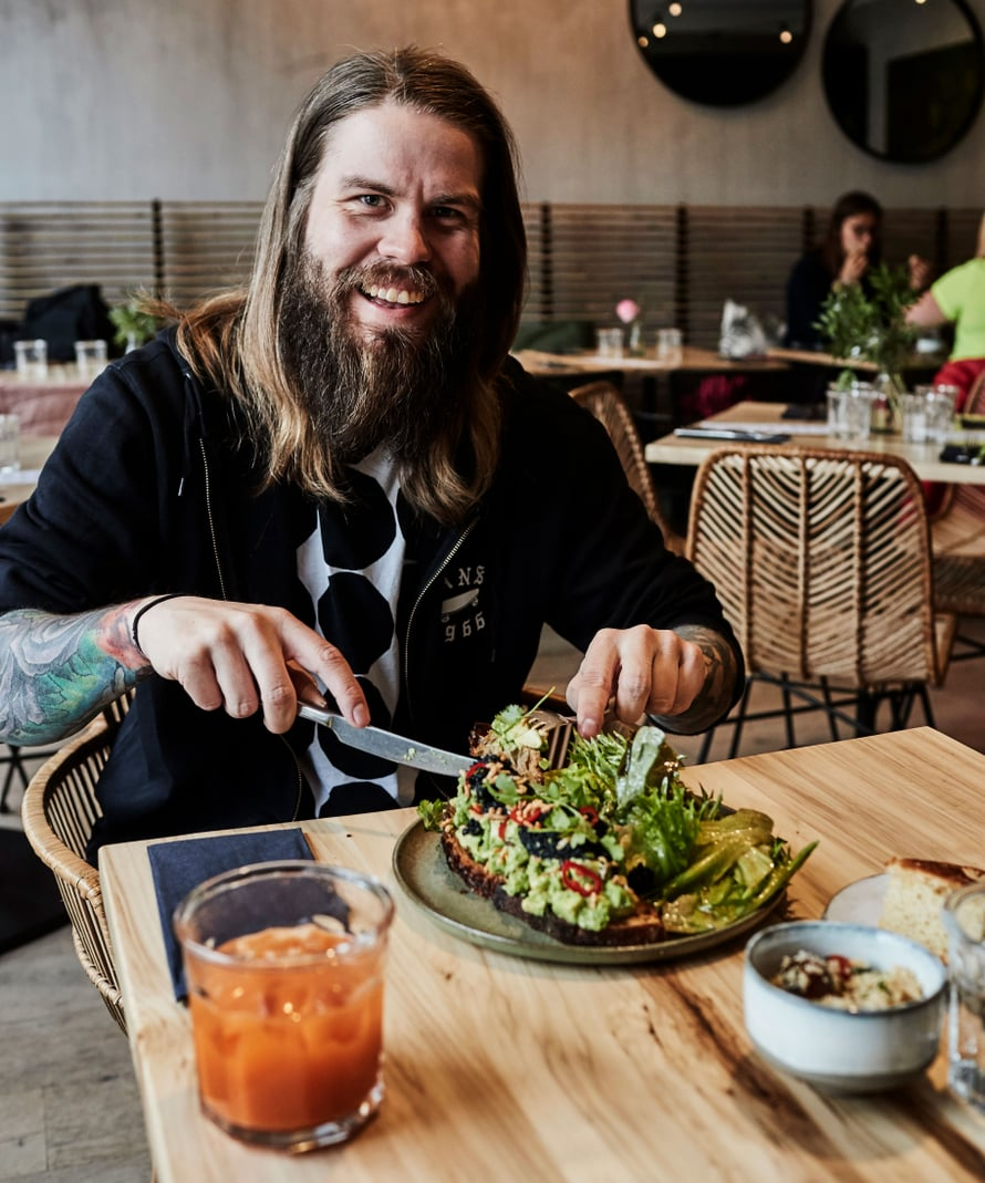 Yksi Juhani Koskisen suosikkipaikoista on kasvisravintola Hügge.