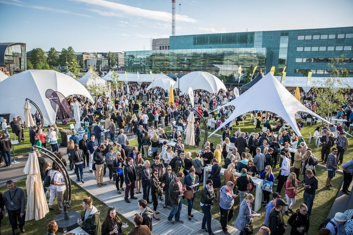 Taste of Helsinki on viimeistä kesää Kansalaistorilla. Kuva: Ville Malja