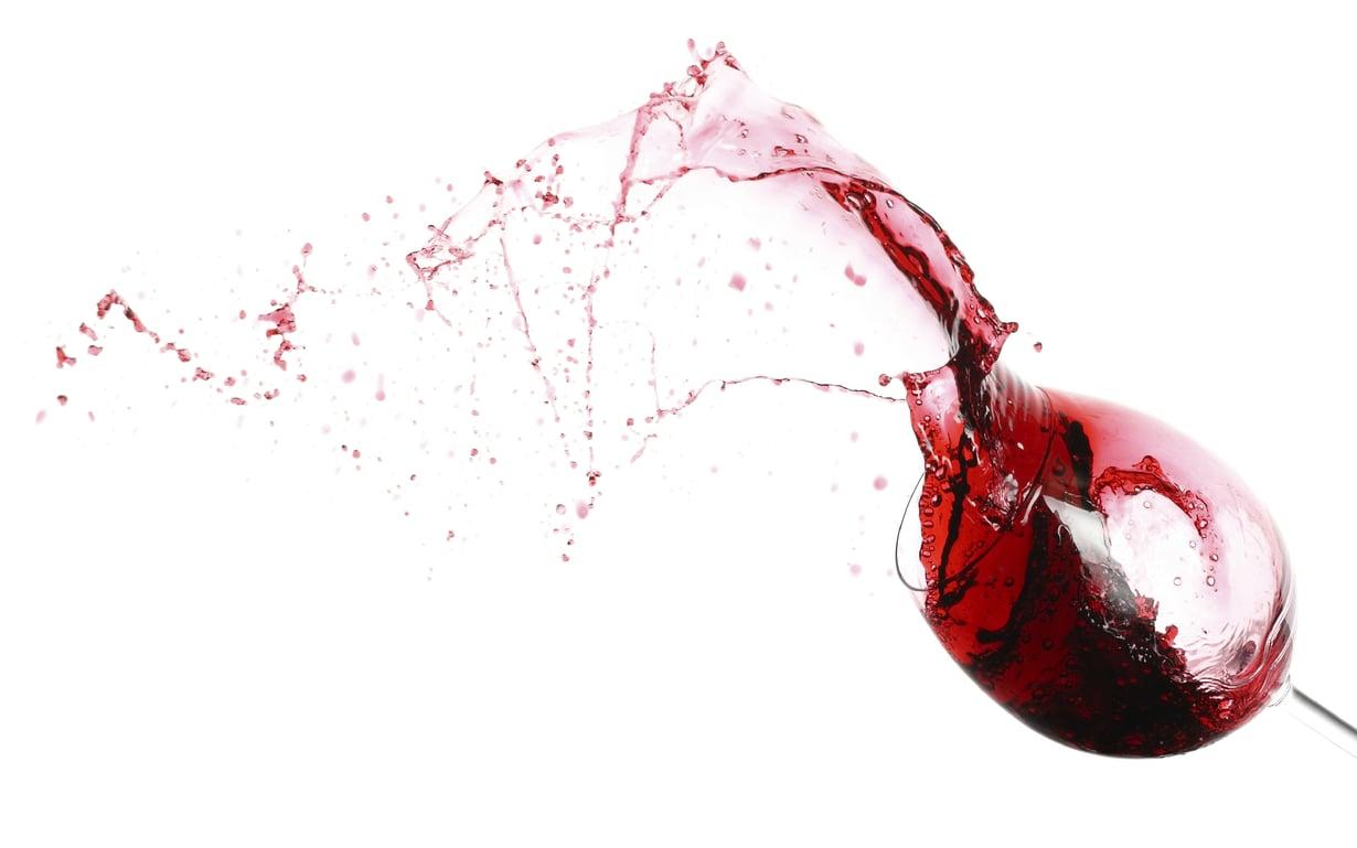 Syksyn myötä punaviini maistuu erityisen hyvältä. Kuva: Istockphoto.