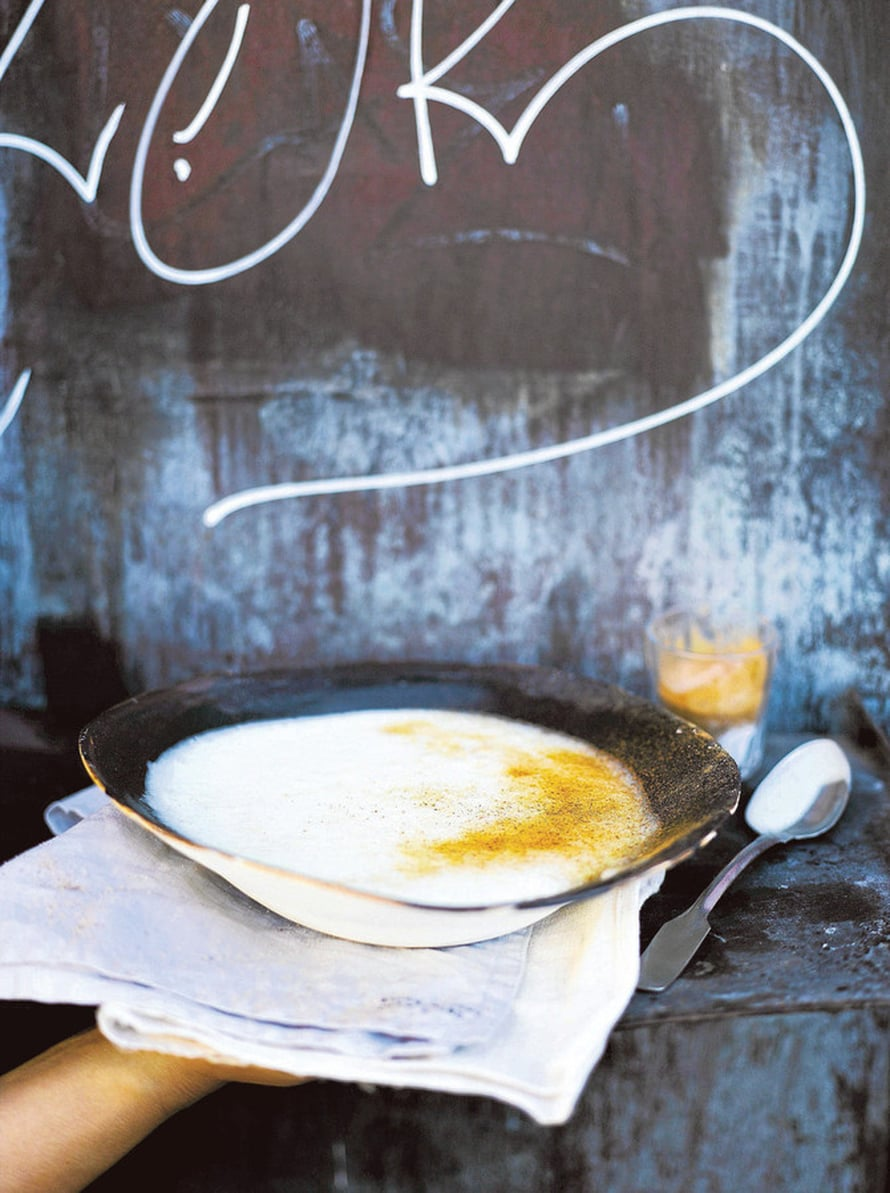 Jos liikut Rautatieasemalla huomenna aamulla, älä syö aamiaista kotona. KUVA: Sami Repo