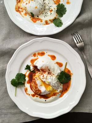 Uppomunat turkkilaisittain! Linkin gilbir-aamiaismunien reseptiin löydät jutusta.
