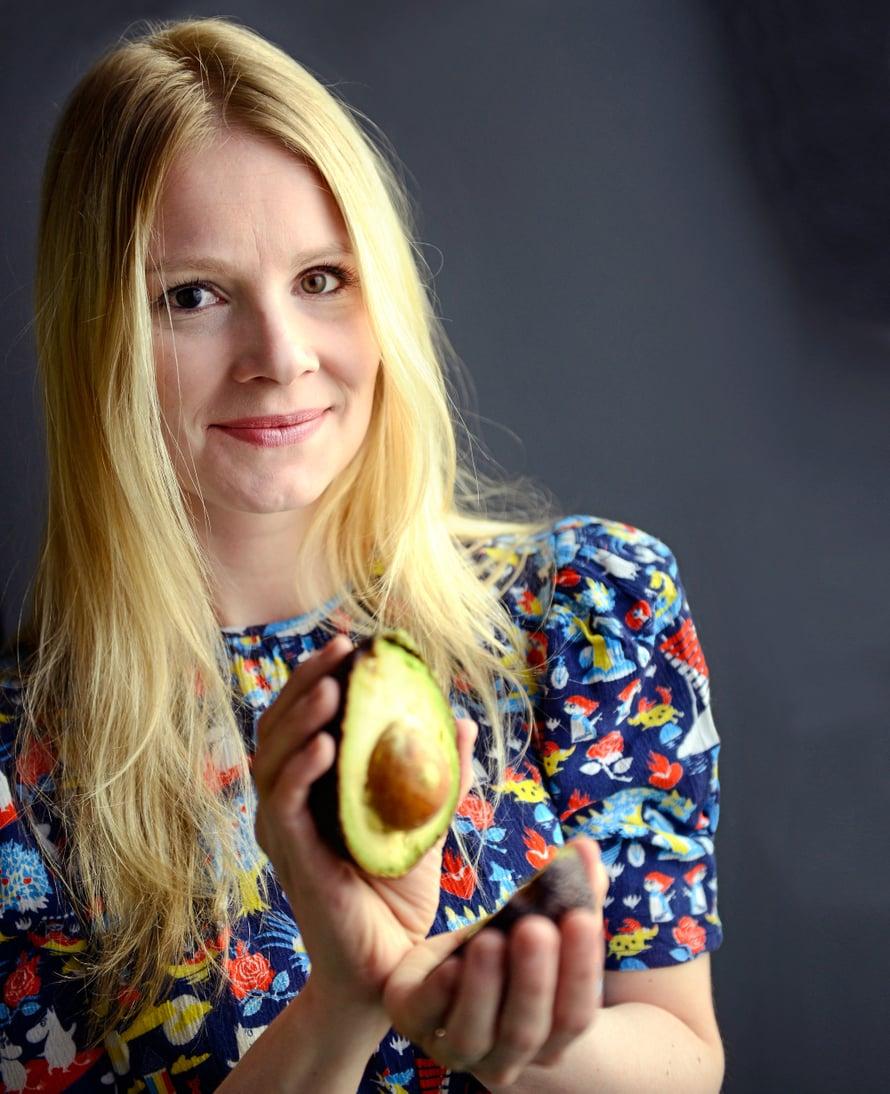 """Pamela Tola rakastaa avokadoja. Kuva: <span class=""""photographer"""">Jukka Lehtinen</span>"""